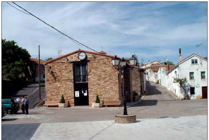 Mayo_2005_Robregordo01_Ayuntamiento_727x487